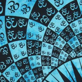 \'\'Many Ohm\'\' hanging, Turquoise