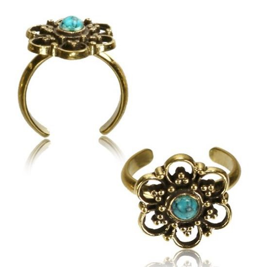 \'\'Phool Turquoise\'\' toe ring