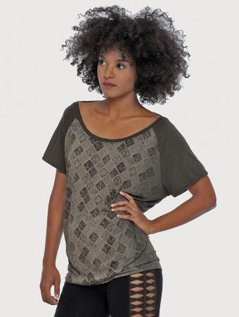 "Camiseta \""Batik\"", Verde oliva"