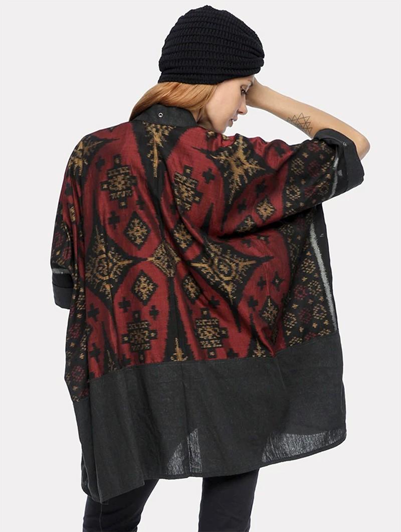 "Chaqueta kaftan \""Kimono\"", Gris con motivos rojos y dorados"