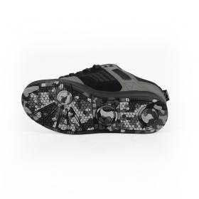 DVS Enduro 125, Cuero negro y detalles en gris y camo