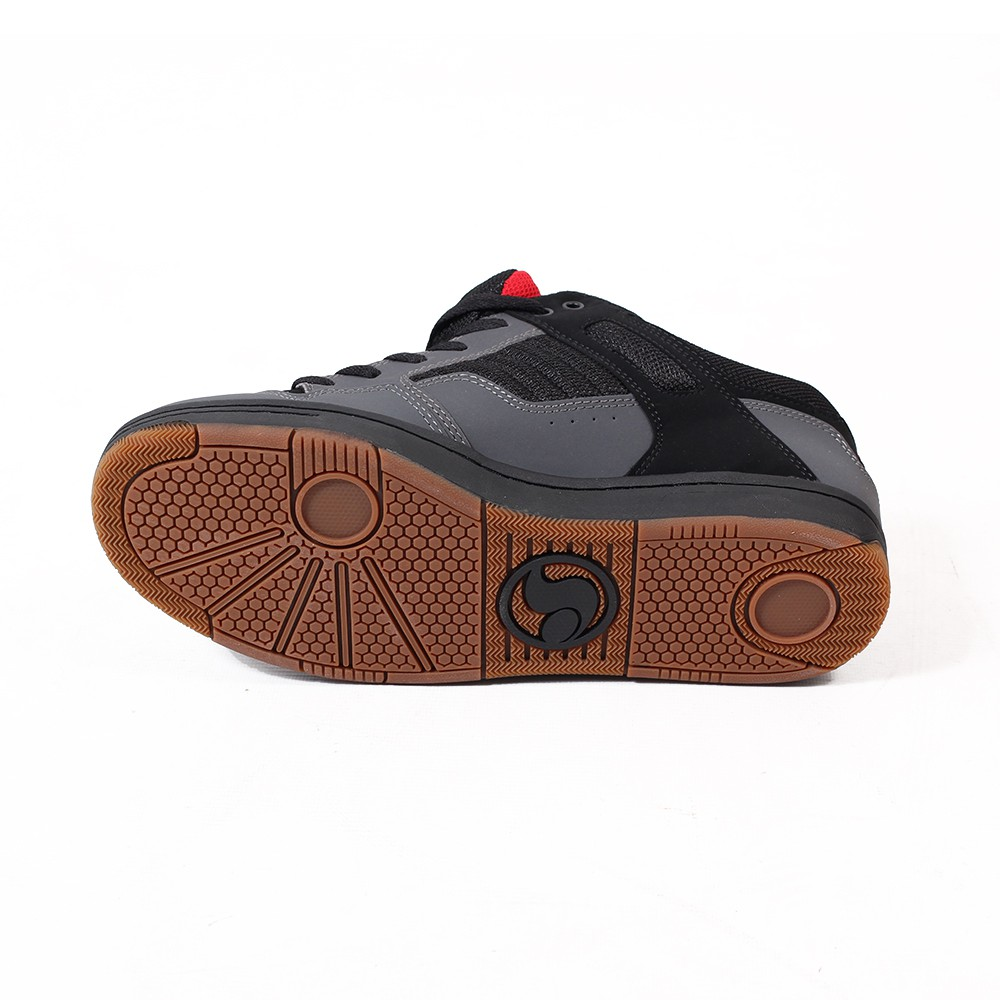 DVS Enduro 125, Grey and black nubuck leather and red tongue