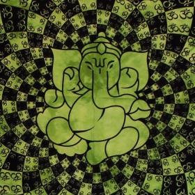 "\\\""Ganesh many Ohm\\\"" hanging, Green"