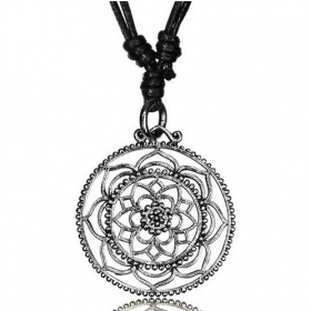 "\""Kairav Lotus Pali\\\"" necklace"