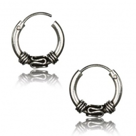 \\\'Khodana\\\'\\\' chiseled silver earrings