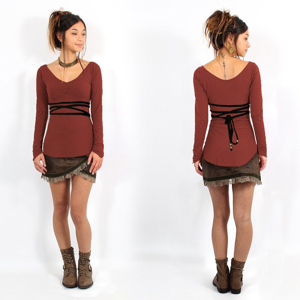 ""\""""Mystic"""" Top Pull, Sienna and Black""1000|1000|?|en|2|aabfd1a6684de41c207af39e8098a6a4|False|UNLIKELY|0.29522669315338135