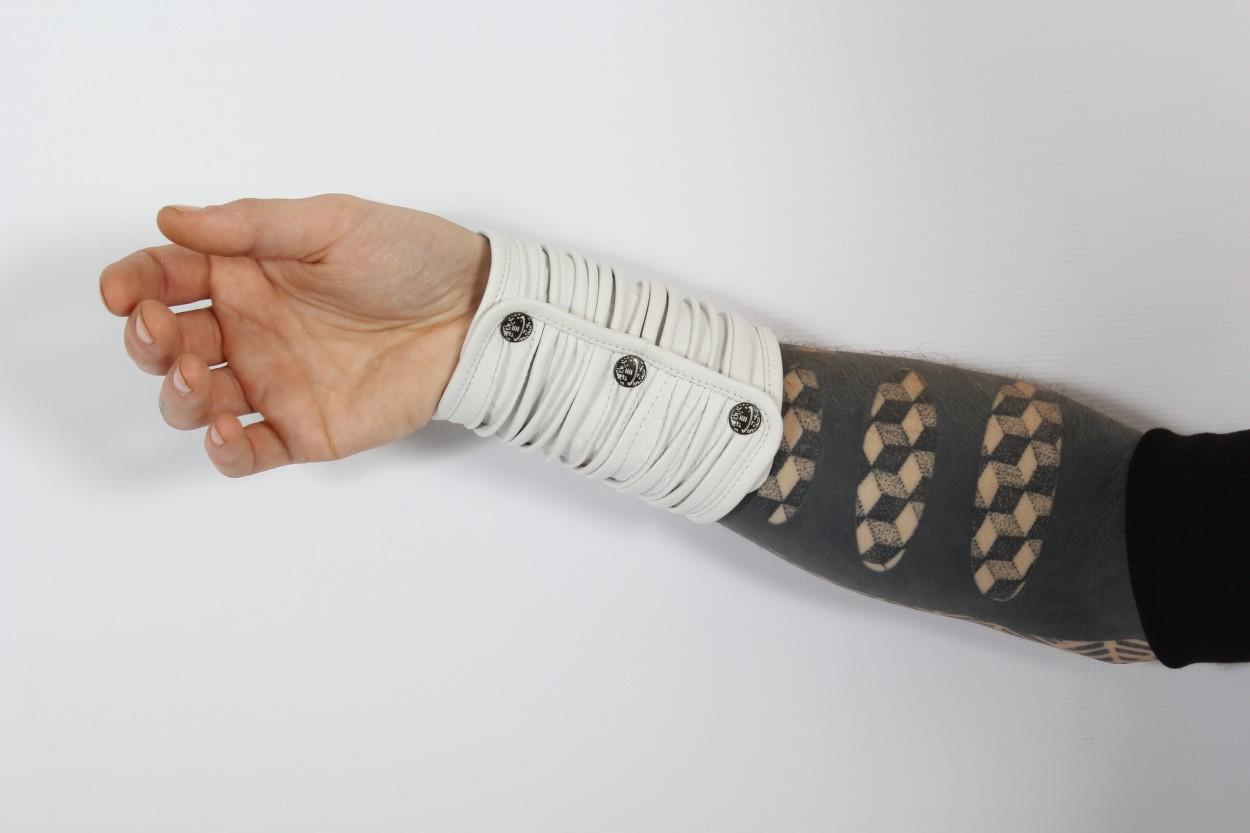 "\""Phoenix\"" armband"