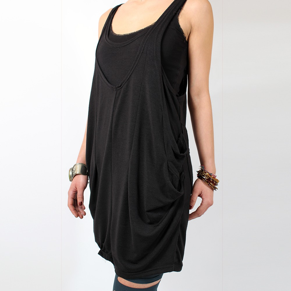 9028_black_dress_zoom